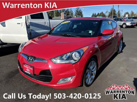 Pre-Owned 2013 Hyundai Veloster w/Black Int